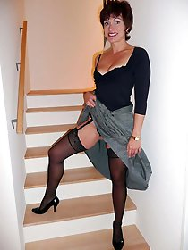 Horny mature housewife spreading her legs for cash